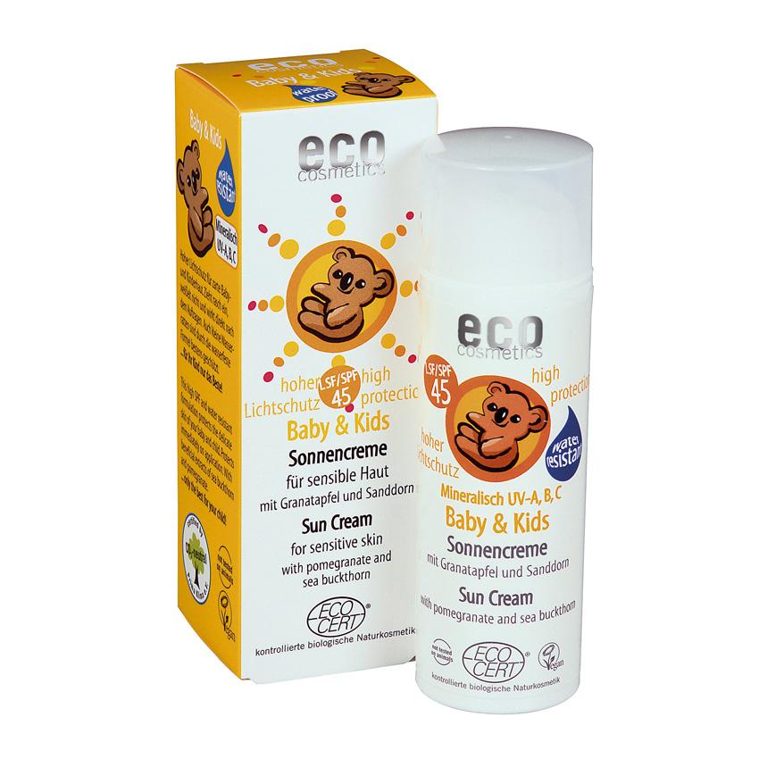 Protetor solar SPF45, com máxima proteção contra a luz solar, para a pele macia dos bebés e crianças. Proteção instantânea.
