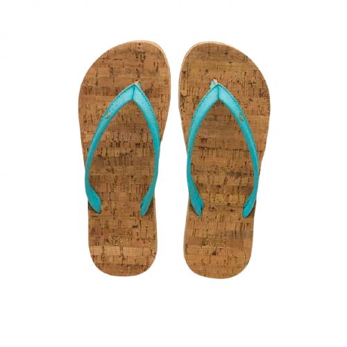 """Os chinelos em cortiça blue island, da Original Cork, são """"easy style"""" design, para usar na praia, campo ou cidade."""