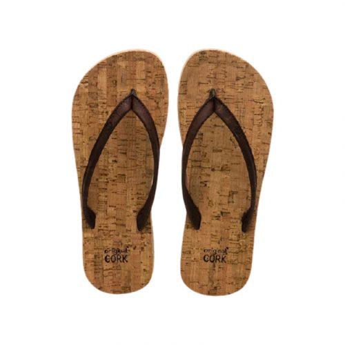 """Os chinelos em cortiça old oak, da Original Cork, são """"easy style"""" design, para usar na praia, campo ou cidade. Cor: old oak (castanho)."""
