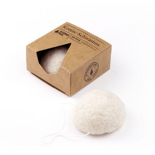 A esponja konjac é perfeitamente adequada para o cuidado do rosto, remove as impurezas com uma suave massagem, deixando a sua pele mais suave e luminosa.