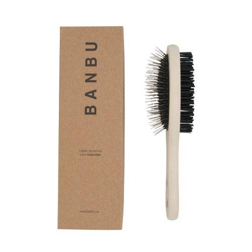 A escova para animais, da Banbu, é feita de bambu Moso proveniente de florestas sustentáveis.