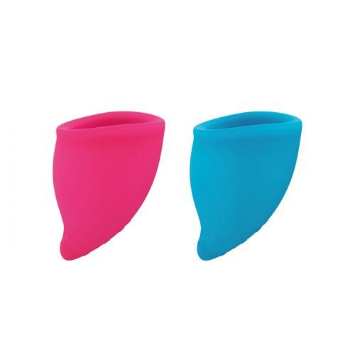 Pack de 2 copos menstruais, tamanho A, desenhados com uma forma anatomicamente mais correta para maior conforto.