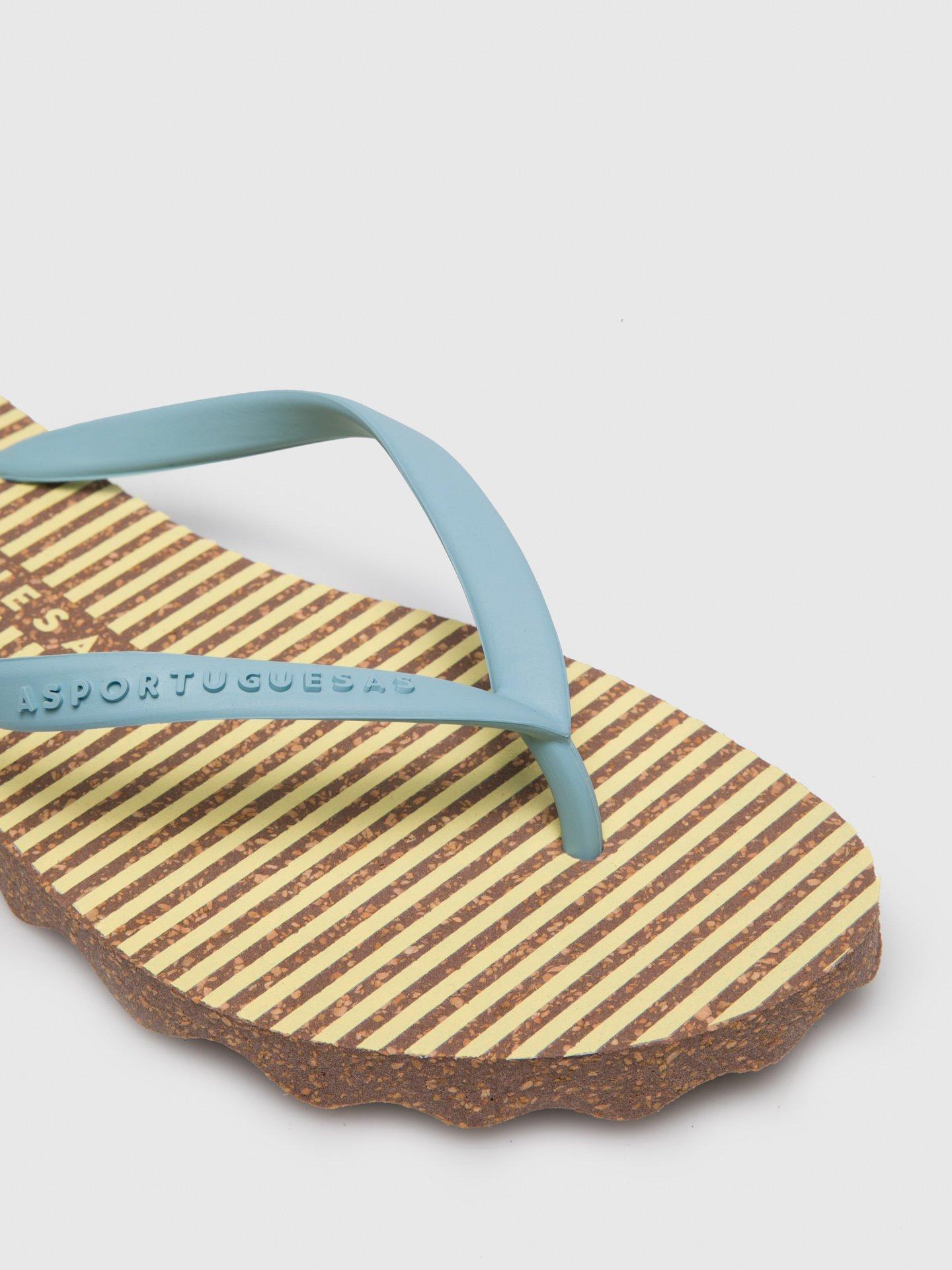 Os chinelos de ASPORTUGUESAS são os elegantes, confortáveis e conscientes! São feito em cortiça e borracha natural. Fabricados em Portugal.