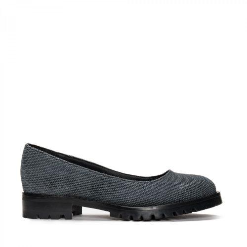 As Lili Cotton são um sapato vegan estilo sabrina feito com algodão orgânico. Feito à mão em Portugal em condições justas de trabalho.