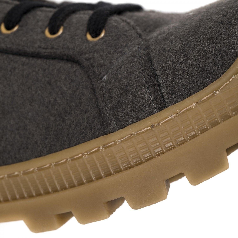 As Noah PET são umas botas cinza em PET Reciclado (garrafas de plástico recicladas).