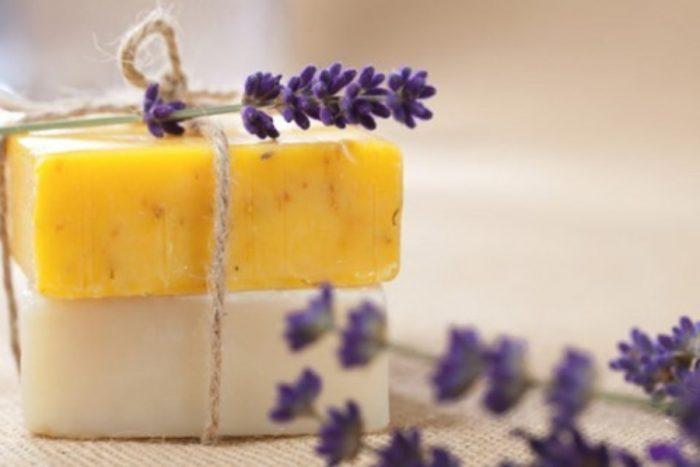 O sabonete biológico a vulso oferece uma hidratação profunda, preservando a suavidade da sua pele.Produzido em Portugal.