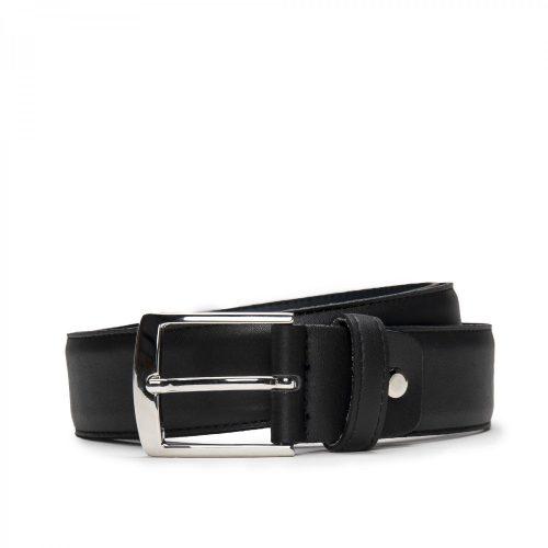 Cinto para home com fivela prateada sem níquel. Este cinto elegante e moderno é perfeito para utilizar em todas as ocasiões.