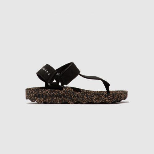 Sandálias fizz, em preto, com sola em cortiça, em microsuede e forro em microfibra. São sandálias versáteis e sustentáveis!