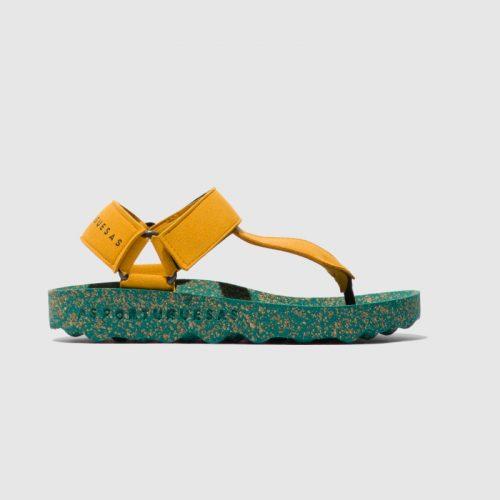 Sandálias fizz, em amarelo, com sola em cortiça, em microsuede e forro em microfibra. São sandálias versáteis e sustentáveis!