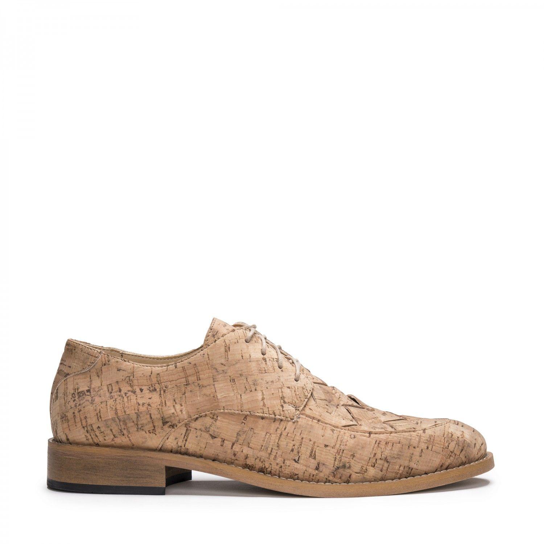 Os Dante Cork são os clássicos sapatos masculinos estilo derby em cortiça natural, um material amigo do ambiente.