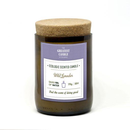 Vela ecológica,decorativa e perfumada com fantásticas fragrâncias. Disponíveis em latas ou em antigas garrafas de vidro.