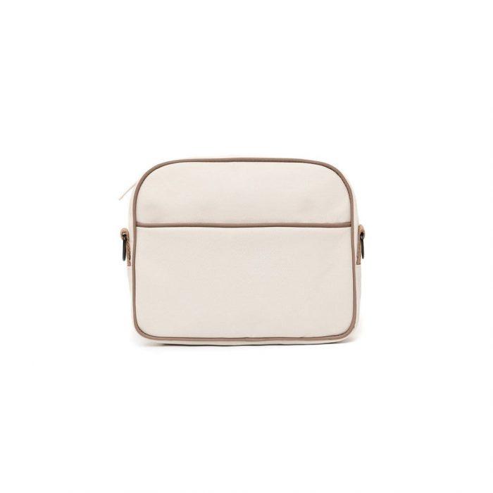 A mala tiracolo Tokai é uma elegante bolsa com uma alça de ombro ajustável e removível. Leve, confortável e moderna.