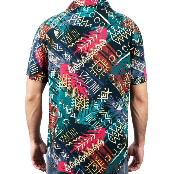 Camisa Wild Tribe feita 100% viscose proveniente de bambu e restos de madeira. Tecido e camisa fabricada no norte de Portugal.