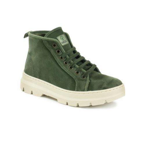 Este modelo de bota old jara, em cor kaki, foi fabricado em Espanha e com materiais ecológicos que respeitam o meio ambiente. Calçado vegan.
