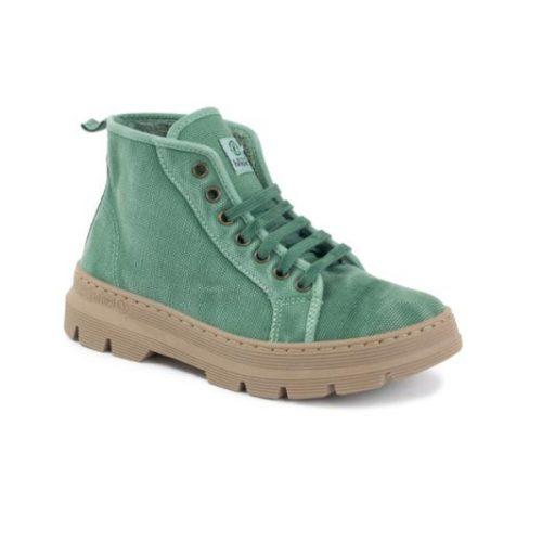 Este modelo de bota old jara, em cor albahaca, foi fabricado em Espanha e com materiais ecológicos que respeitam o meio ambiente. Calçado vegan.